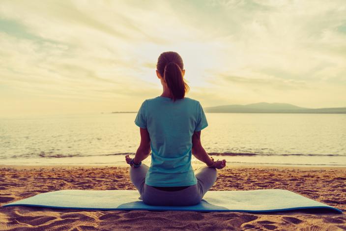 Weniger wird mehr yoga minimalismus yoga aktuell for Minimalismus weniger besitzen mehr leben