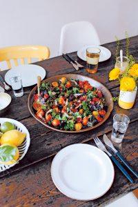 106_107_Warmer-Salat-mit-Grünkohl