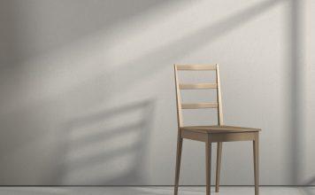 Leerer Stuhl