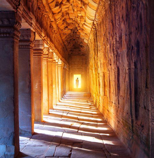Tempel mit Sonneneinstrahlung