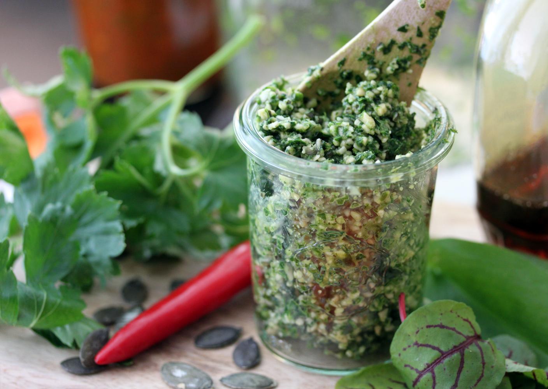Aus der Ayurveda-Küche: Chutney-Rezepte für den Frühling - Yoga Aktuell