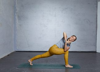 spirit yoga  das element wasser im flowyoga  yoga aktuell
